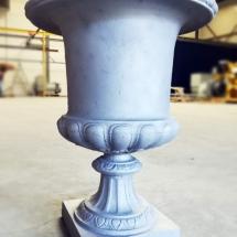 gietijzer | schoonstralen | originele franse vaas op voet