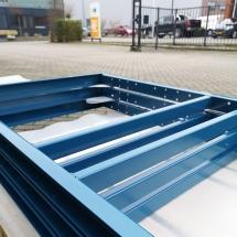 poedercoating stalen frames | RAL RAL 5009 azuurblauw