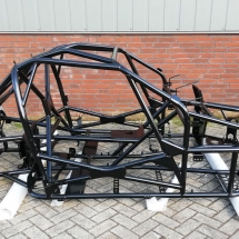 poedercoating chassis frame race auto RAL9005 hoogglans